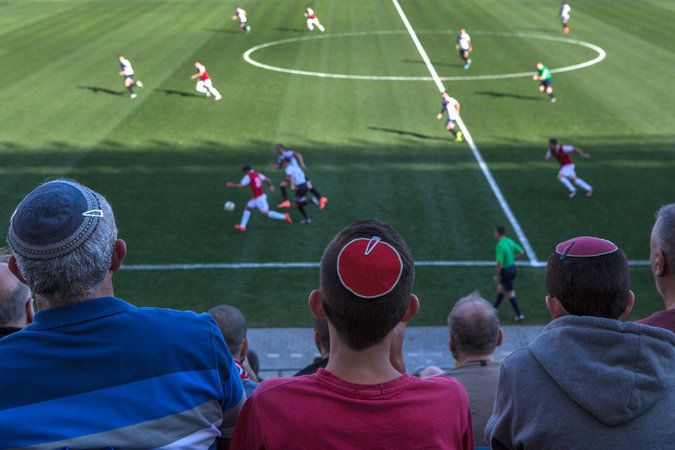As the Sabbath Nears in Israel, Soccer Becomes a Test of Faith - The New York Times