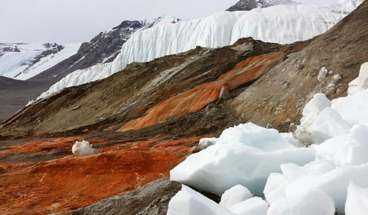 Blood Falls Antarctica Mystery – For more than a centuries now, after the falls has been discovered by Australian geologist and explorer Griffith Taylor in 1900's. There have been a lot of studies