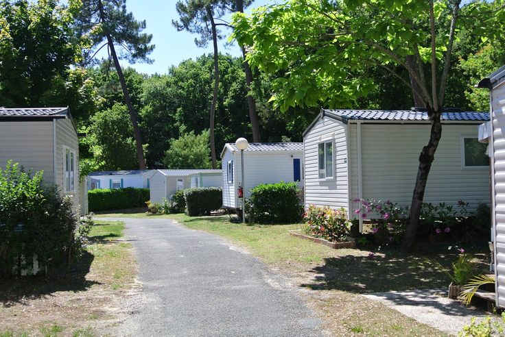 Qui part en vacances à La Pignade, notre camping 4* de Ronce les Bains en Charente Maritime ? -40% la semaine du 22 août : http://po.st/LaPignadeSiblu