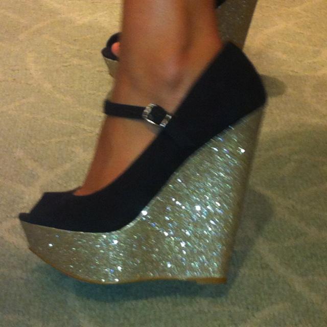 Steve Madden, fun shoes !: