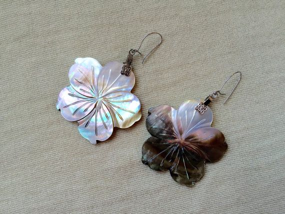 Shell Flower Earrings -- US$25.00 plus shipping Local taxes included (where applicable).