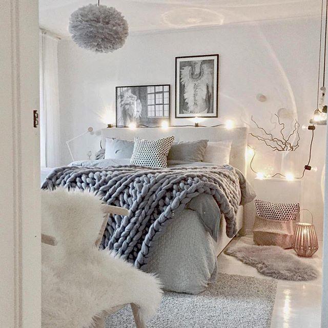 16 Relaxing Bedroom Designs For Your Comfort: 16 Relaxing Scandinavian Bedroom Design Ideas