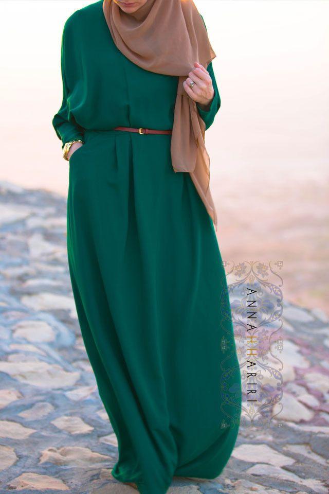 Maha in Green | ANNAH HARIRI | ANNAH HARIRI