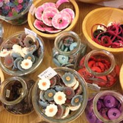 Some of our prettiest flowery buttons