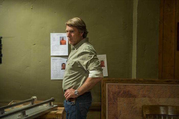 LONGMIRE Season 3 Episode 4 Photos In the Pines | SEAT42F