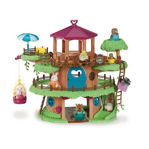 Let your little adventurer's imagination run free with the Li'l Woodzeez® Family Treehouse™. Even if they can't build their own treehouse in the backyard, they'll love playing make-believe by housing their favorite Li'l Woodzeez characters in this fun pretend treehouse. The treehouse comes with a variety of accessories like a parasol, sun chair, slide and ladder — bringing plenty of fantasy fun to their every day playtime.