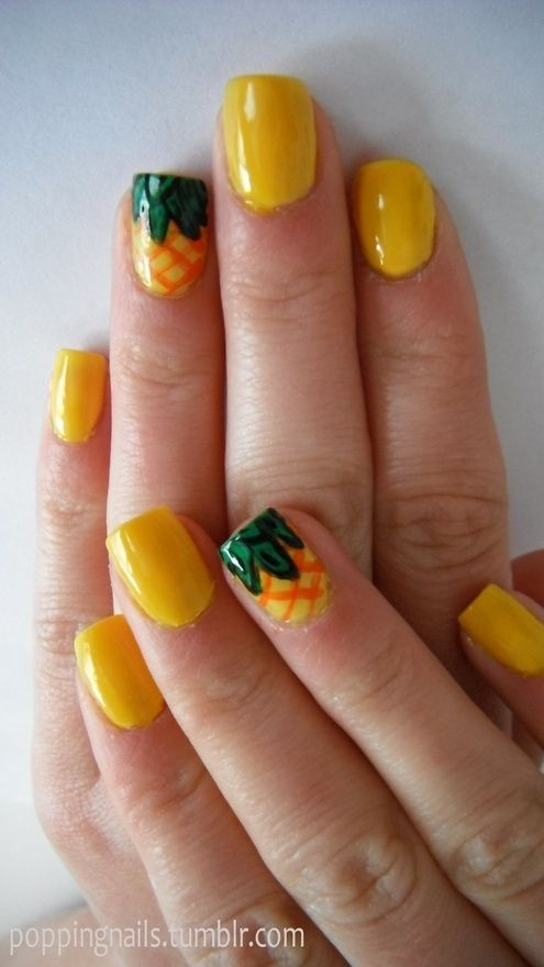 Funky and fun pineapple nails just like Spongebob's house!