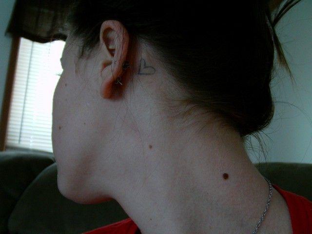 Heart Tattoos Behind The Ear  2901.jpg