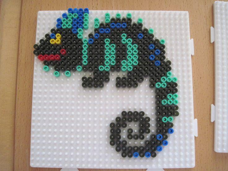 Chamaleon hama beads by delfines