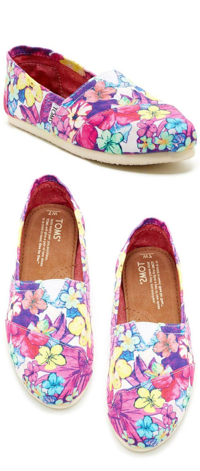 Tropical Floral TOMS ♥ #jonaspauleyewear #JPEspringbreak
