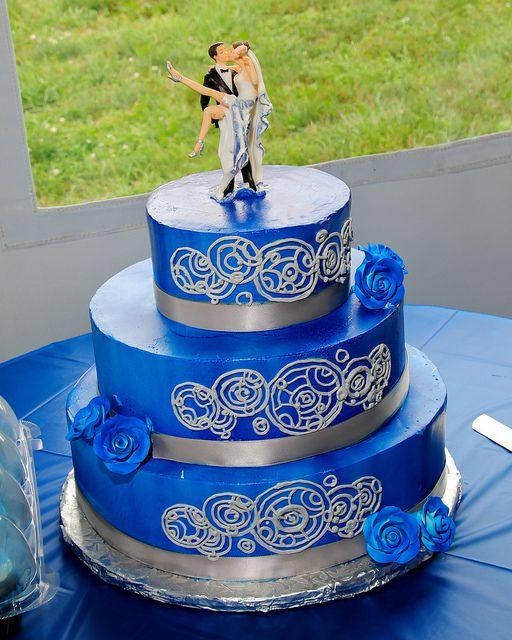 Fantastic Gallifreyan Tardis Blue Doctor Who Wedding Cake!!