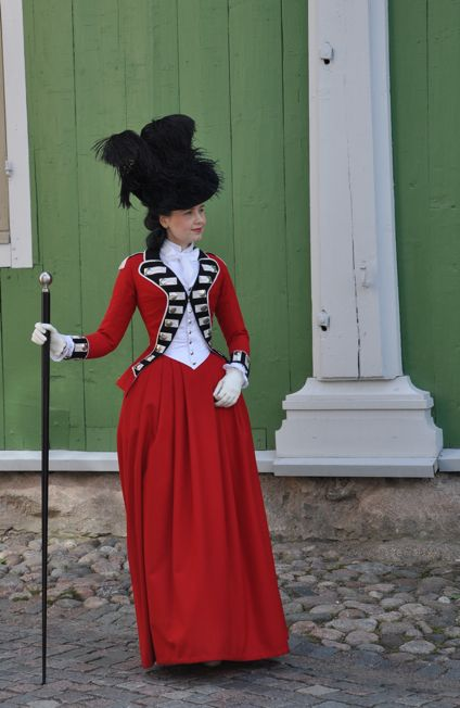 18th Century Riding Habit http://the-aristocat.livejournal.com