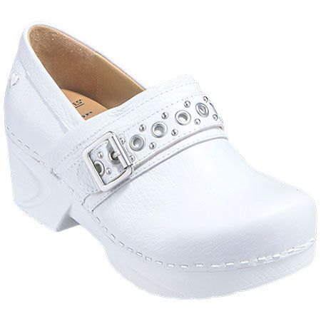 the 25 best ideas about white nursing shoes on