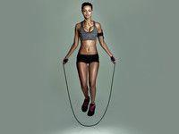 Fördert die Fettverbrennung: Seilspringen