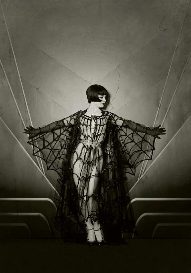 Louise Brooks in a fabulous spider web #Halloween costume