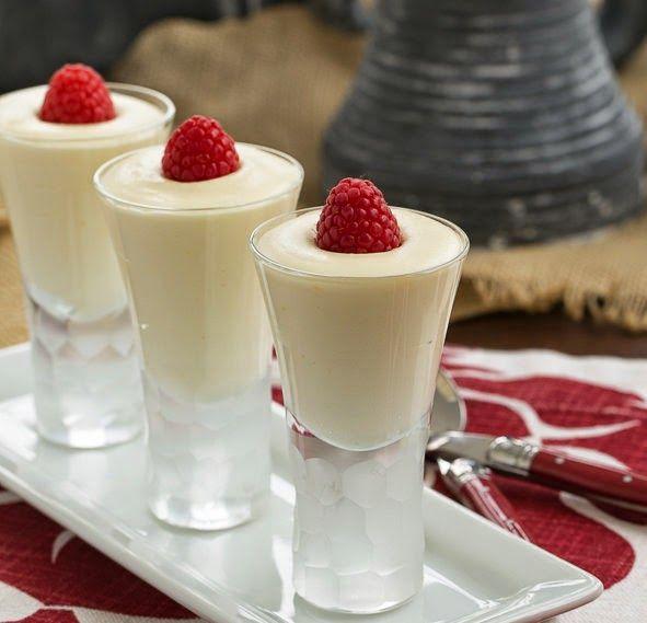 Chef Royale: Mousse au chocolat blanc ( Trés facile )