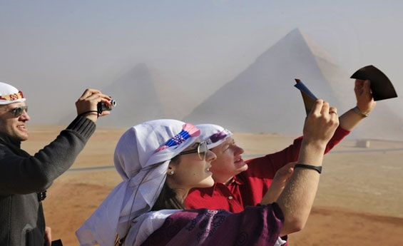 Shaspo Tours helps you live your dream with cheap holiday packages to Egypt. Travel to the pyramids; go for river Nile cruises or dive into the Red Sea.