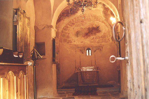 Blick ins Innere der Agios-Nikolaos-Kirche, Kreta. www.claudoscope.eu