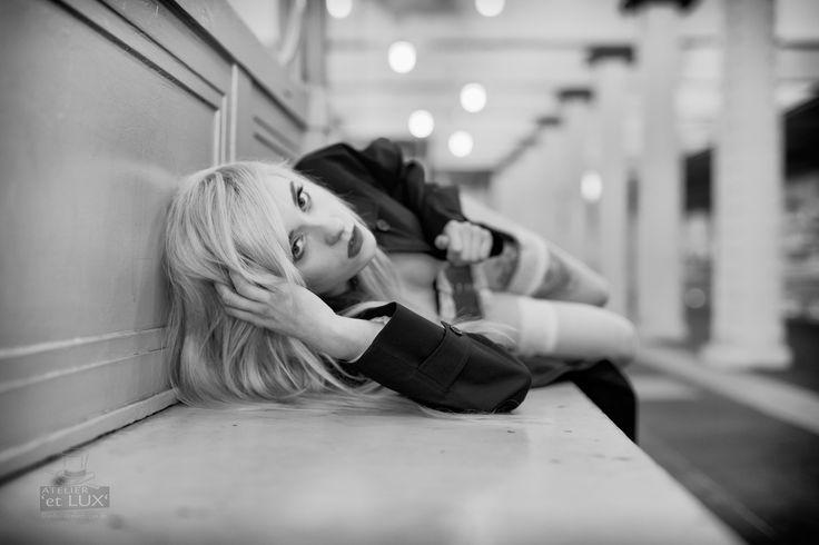 Session 'Louvee wear Burberry Part II' Photography: Atelier 'et Lux' Model: Ivona Louvee