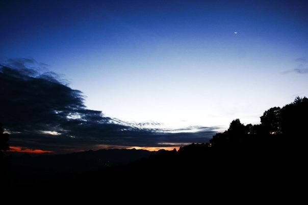 Sukamantri, Bogor, ID: Breaking Dawn