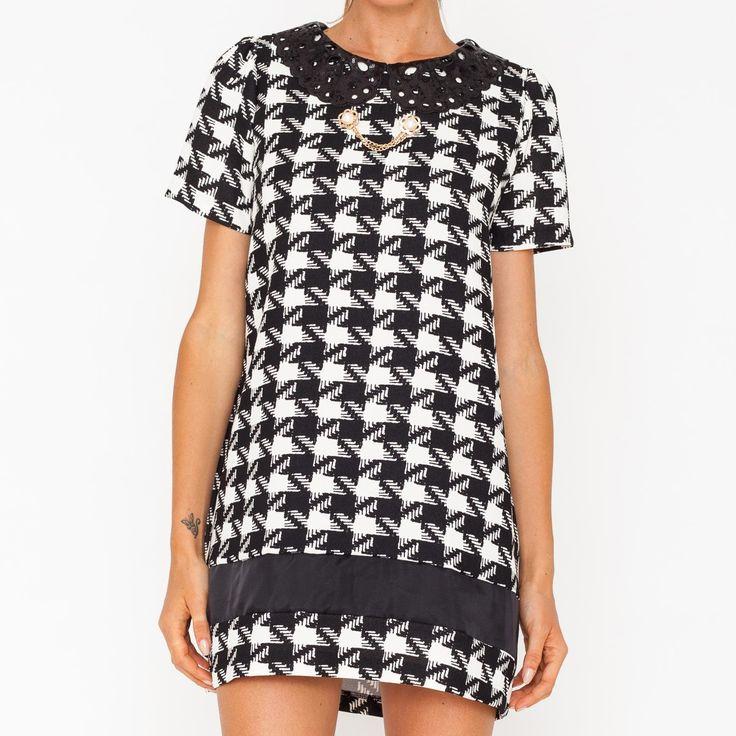Mini abito ceck bianco e nero con colletto. Art. GL-204