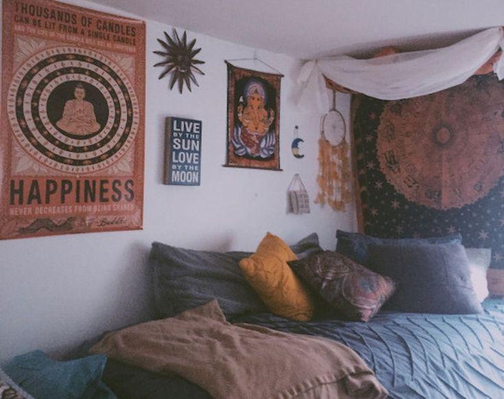Gorgeous 85 Beautiful Cute DIY Dorm Room Decoration Ideas https://roomodeling.com/85-beautiful-cute-diy-dorm-room-decoration-ideas