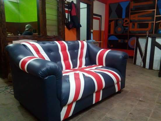 england couch style
