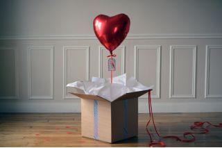 Ballon Cadeau : Envoi Cadeau avec ballon hélium - The PopCase