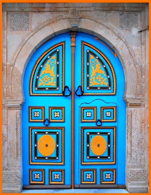 blue and yellow door- India