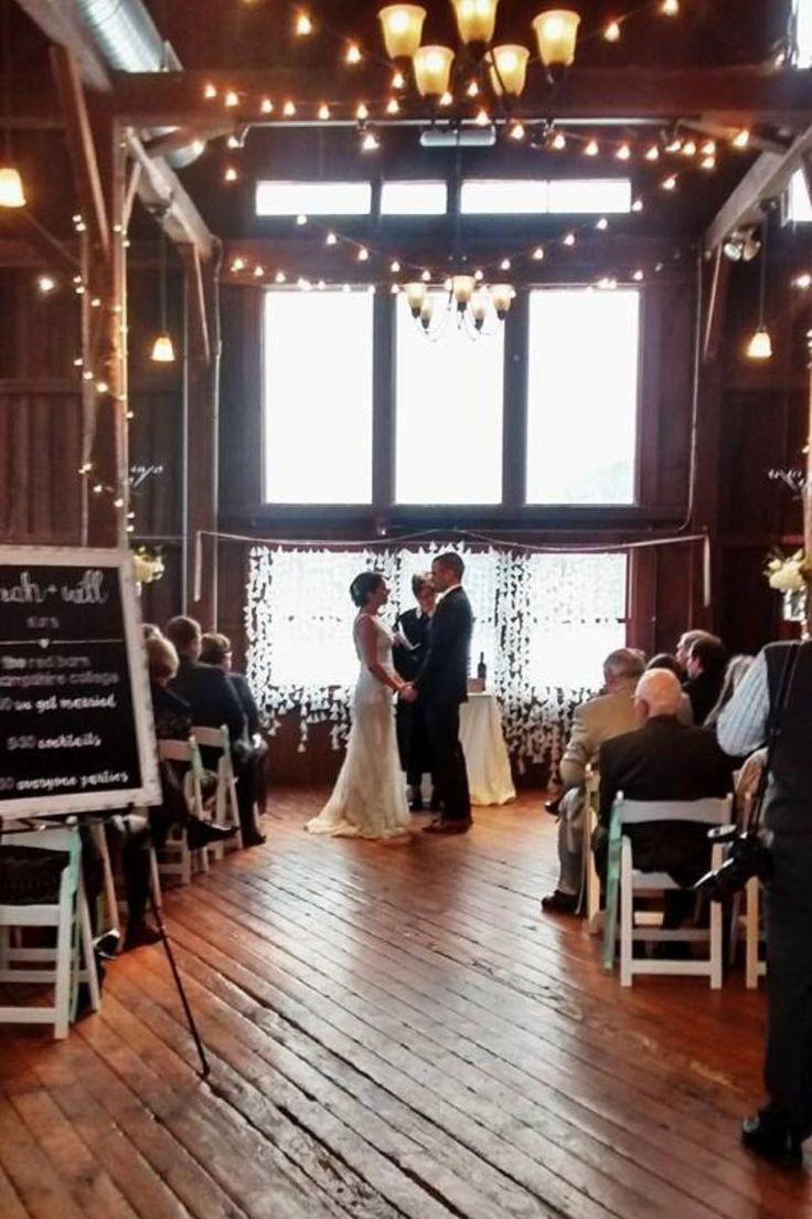 The Red Barn at Hampshire College Weddings | Get Prices for Central Massachusetts Wedding Venues in Amherst, MA