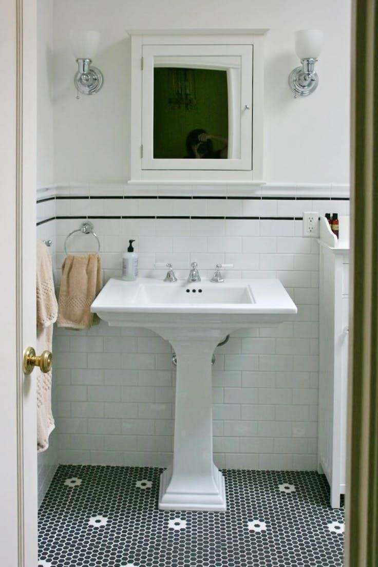 1946 yellow and grey tile bathroom - This Versatile Vintage Classic Is Back In Bathrooms Everywhere