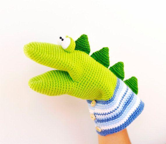 Dino la marioneta de mano PDF crochet patrón blandengue, dinosaurio