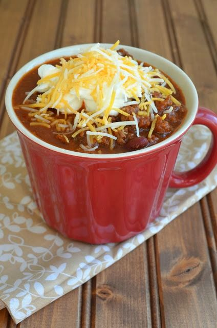 30-Minute Stovetop Chili (Gluten-Free) - A quick alternative to your favorite soup recipe | The Savvy Kitchen