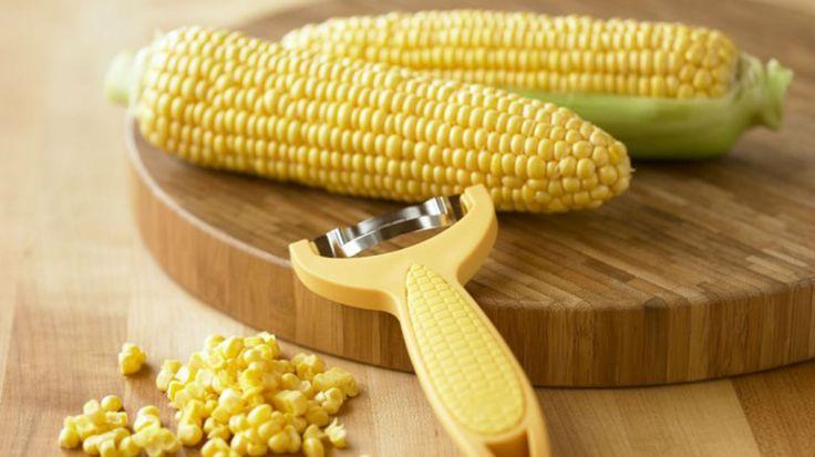 Cornzipper, con la cuchilla curva es muy practico y rápido de terminar la peladera