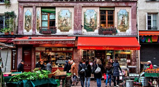 Rue Mouffetard | The Oldest Street in Paris : The Good Life France