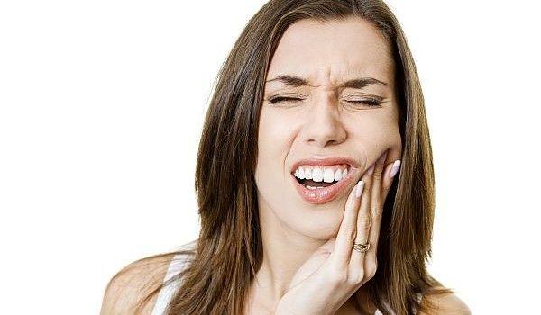 Află ce plante vindecă abcesele dentare - www.degenfeminin.ro