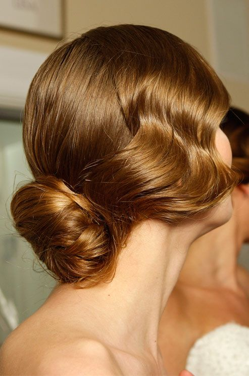 Wavy bridal hairstyles | fabmood.com