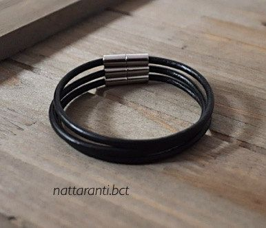 Set of 3 leather genuine bracelets in black with magnetic end by nattaranti on Etsy