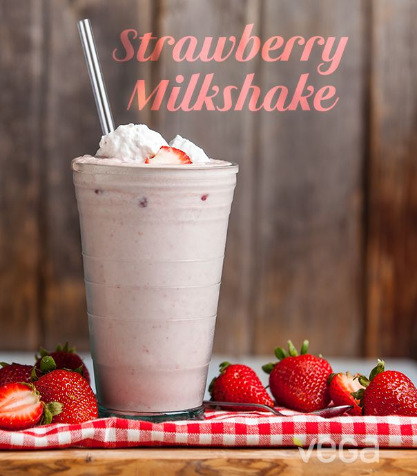 Strawberry Milkshake: It doesn't get any better than this- vegan 'milkshake'. #VegaSmoothie #BestSmoothie