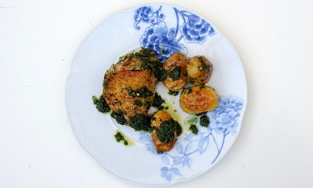 Nuno Mendes' chicken thighs with Alentejo-style piso