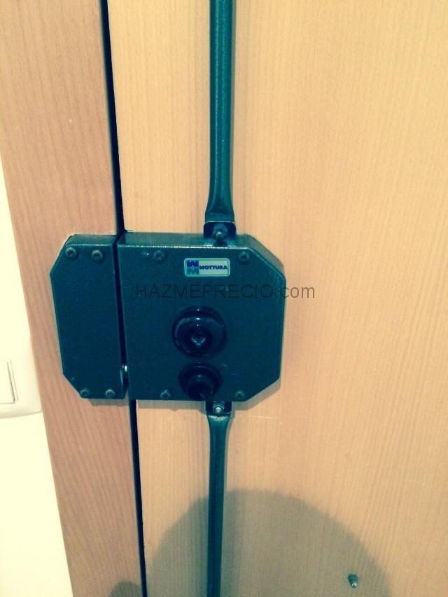 Instalaci n cerradura mottura con barras cerraduras - Cerradura seguridad puerta ...