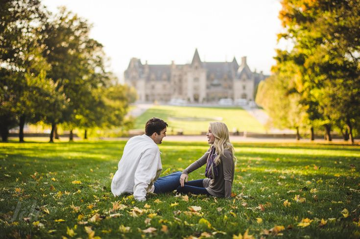 Romantic and playful Biltmore engagement photography in Asheville, NC with Morgan and Davis. Check out the photos!
