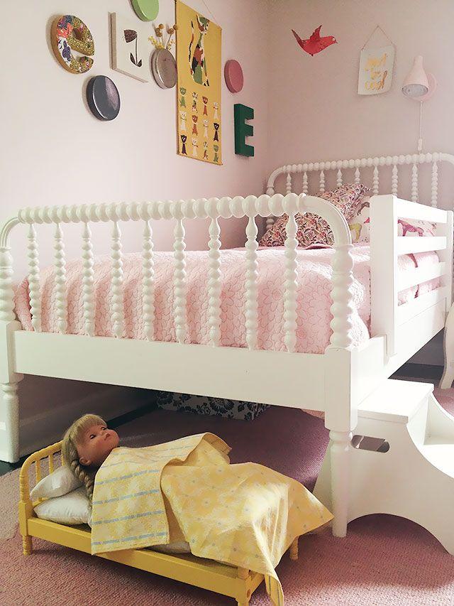 Eleanor's Girl; no joke. I want that AG yellow Bed!
