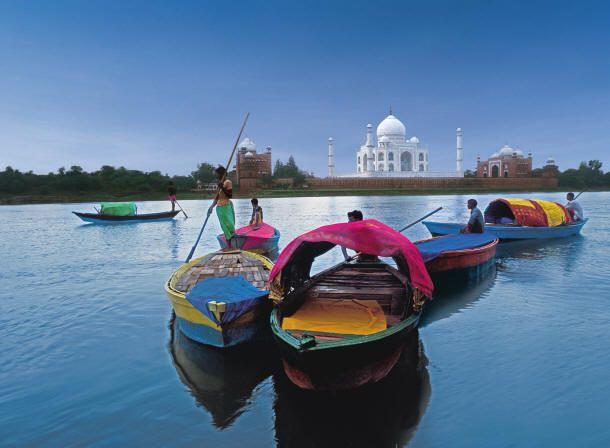 'Not To Miss' 5 Tourist Spots In #Agra..... Read here:- http://goo.gl/HvHbrh