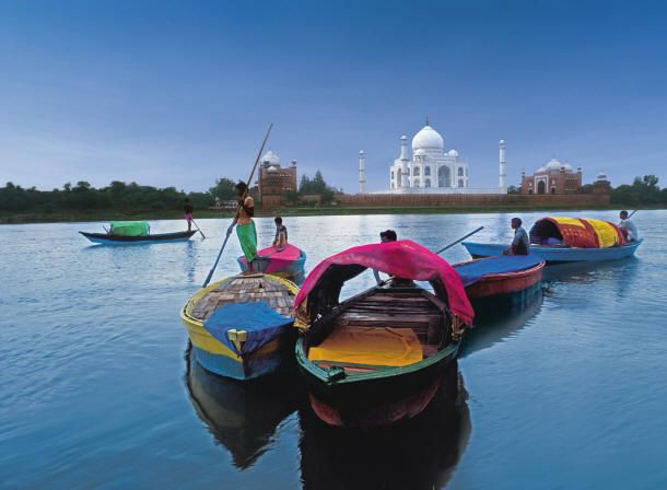'Not To Miss' 5 Tourist Spots In ‪#‎Agra‬..... Read here:- http://goo.gl/HvHbrh