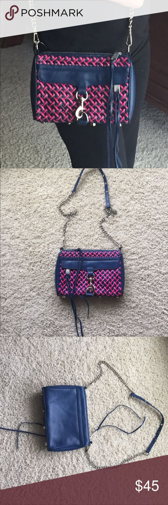 Rebecca Minkoff mini Mac Rebecca Minkoff mini Mac bleu and pink leather with detachable/adjustable strap and silver hardware in good condition it has some flaws as showed on the pictures otherwise it's still good Rebecca Minkoff Bags Crossbody Bags