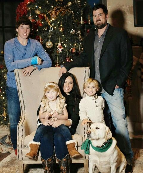 Marcus Luttrell And His Family Christmas 2015