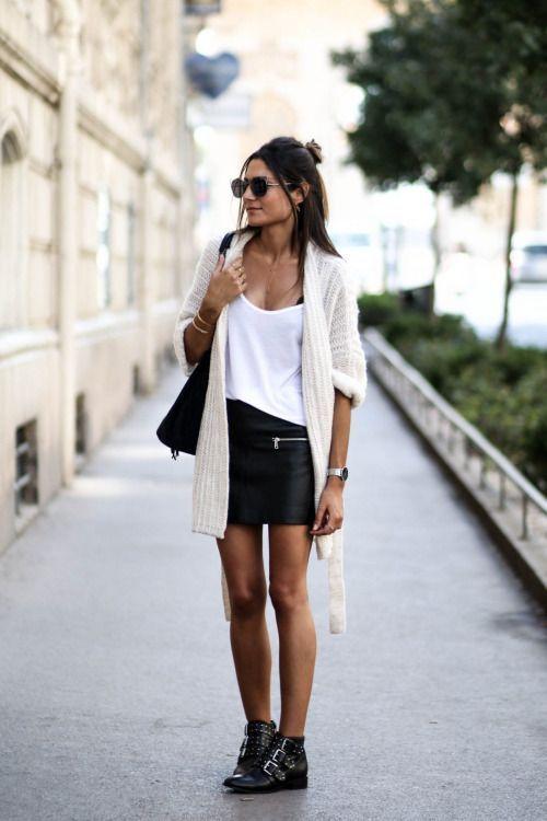 La mini-jupe en cuir