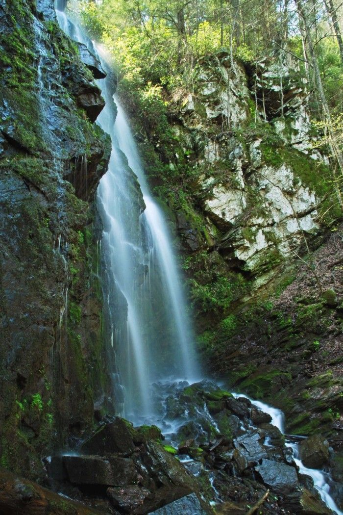 25 Stunning Waterfalls in South Carolina That Will Leave you Breathless