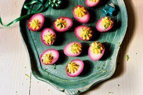 Gevulde roze eieren - Recept - Allerhande